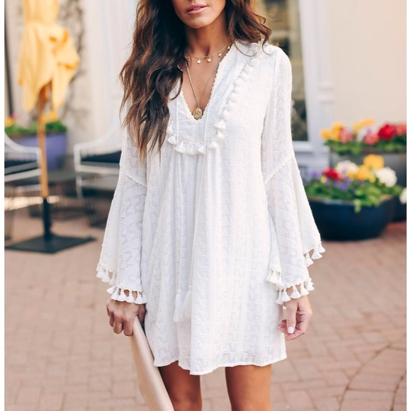 Vici Dresses & Skirts - Vici stranded embroidered tassel tunic white new S